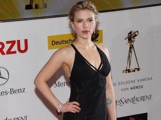 Hacker que divulgou foto de Scarlett Johansson pode pegar 60 anos