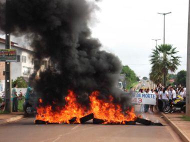 População realiza protesto na rodovia BR-343; fotos!