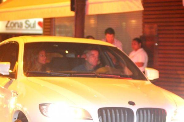 Em meio a boatos de separação, Eike Batista janta com (ex?) namorada