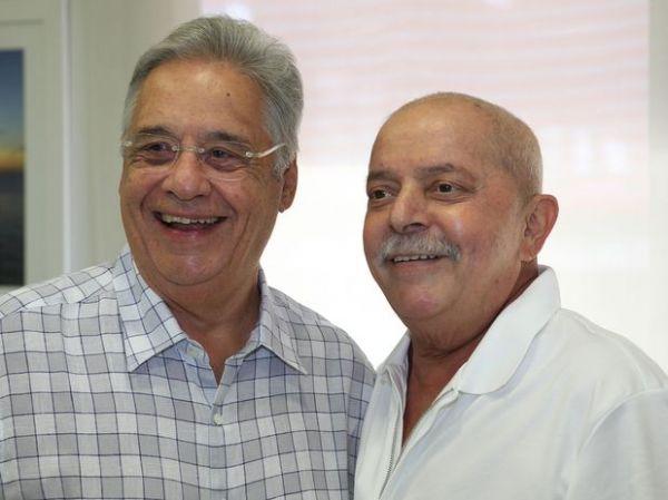 Lula recebe visita de FHC em sessão de fonoaudiologia em SP
