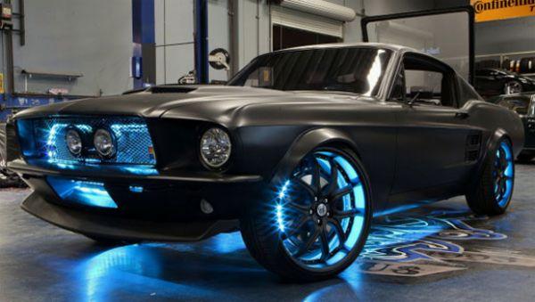 Microsoft apresenta Ford Mustang tecnológico