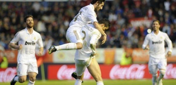 Real alcança marca de 100 gols no Espanhol com goleada e show de C. Ronaldo