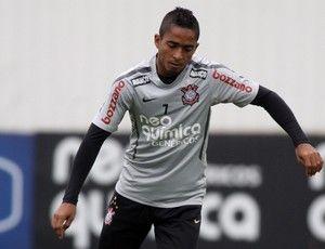 Corinthians recebe Nacional para evitar pressão precoce