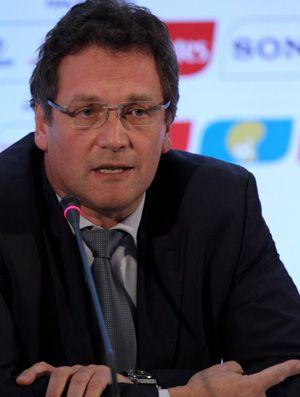 Após polêmica com governo, Fifa adia visita de Jérôme Valcke