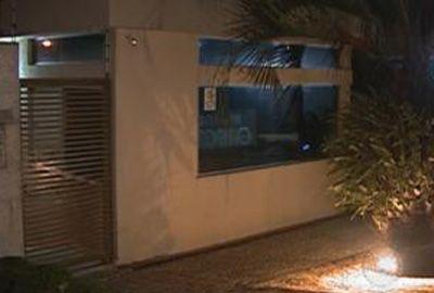 Executivo é achado morto depois de ser assaltado em condomínio
