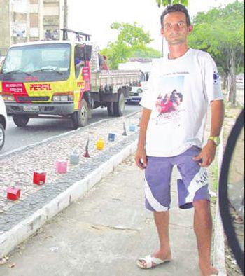 Artista de rua ganha R$ 40 por dia em Teresina