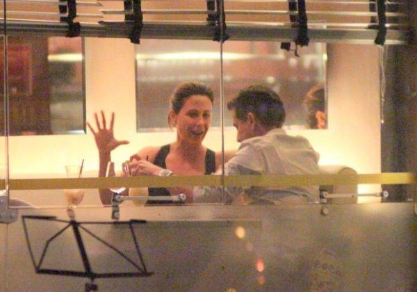 Guilhermina Guinle troca beijos com irmão de Giovanna Antonelli