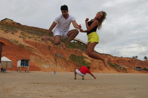 Adriana e Rodrigão mostram fotos de viagem romântica