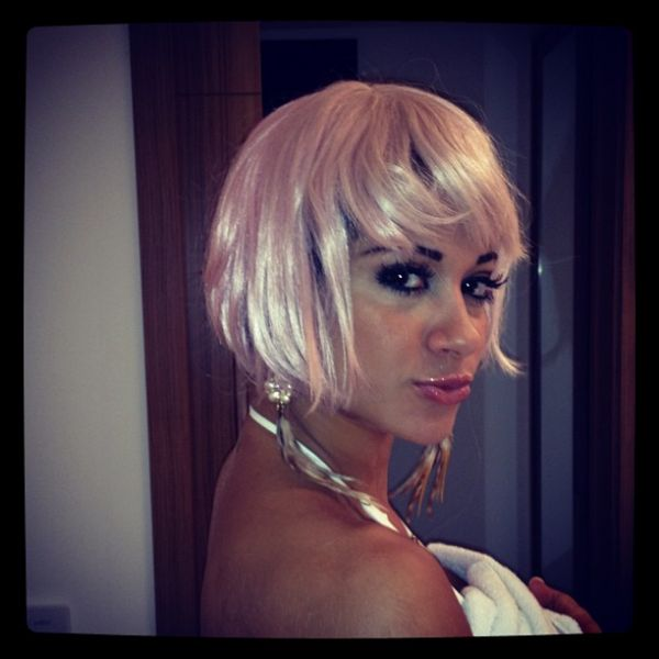 Ex-BBB Mayra Cardi posta foto fantasiada de Lady Gaga