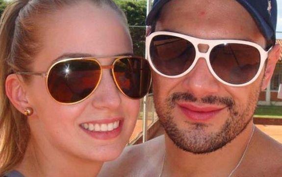 Ex-mulher do cantor Michel Teló assume namoro com advogado