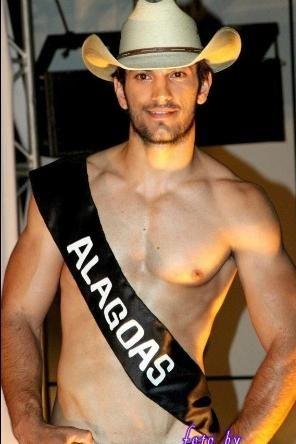 Representante de Alagoas é eleito o rapaz mais bonito dos rodeios