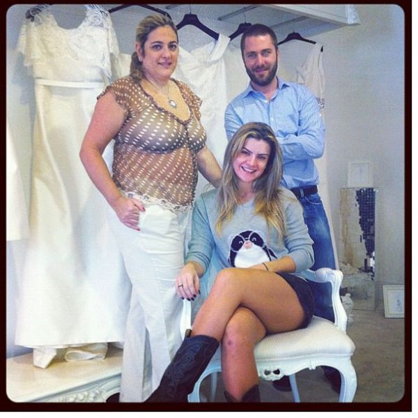 Mirella Santos e Ceará dão entrada na papelada do casamento