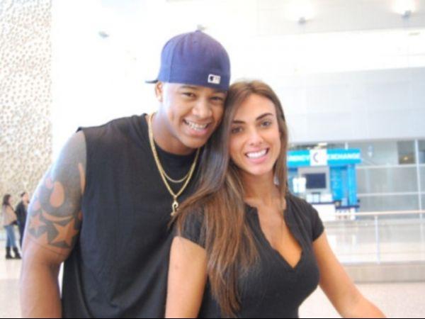 Ex-panicat Nicole Bahls diz que Léo Santana não é bom de cama