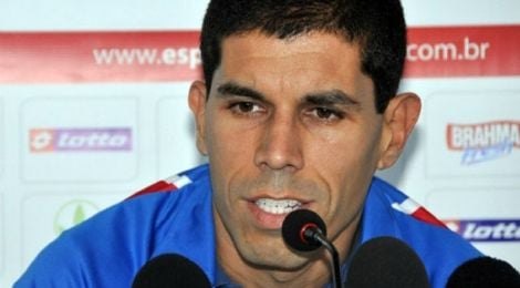 Hoje técnico, Ricardinho busca atletas ativos e responsáveis