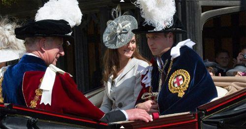 Príncipe William e Kate completam seu 1° ano de casamento; Veja