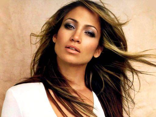Jennifer Lopez fatura US$ 4 milhões no Brasil, diz site americano