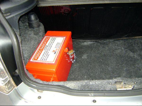 Carro é roubado com material radioativo que pode até matar