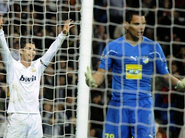 Kaká marca golaço, Real Madrid goleia Apoel e vai à semifinal da Liga dos Campeões