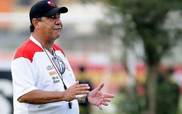 Joel fica pelo menos até Fla decidir destino no Carioca e Libertadores