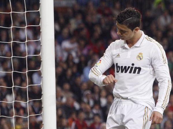 Real Madrid empata com Valencia e vê Barça mais perto