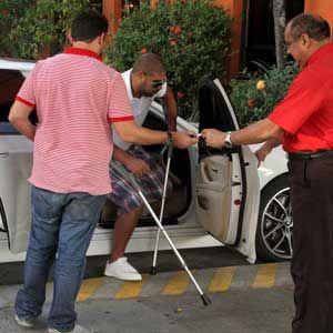 Adriano tira os pontos e ganha apoio de Joel Santana no Flamengo