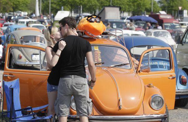 Fãs reúnem 3 mil Fuscas em evento na Alemanha