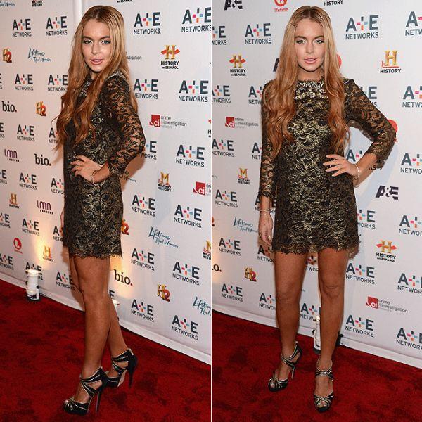 Lindsay Lohan exibe bronzeamento artificial em tapete vermelho