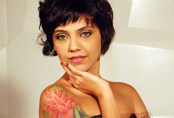 Esconder ou criar tatuagens de atores na TV dá trabalho