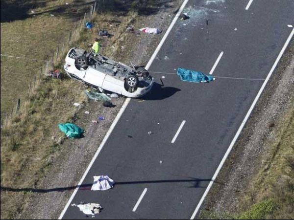 Minivan capota e mata 3 estudantes dos EUA na Nova Zelândia