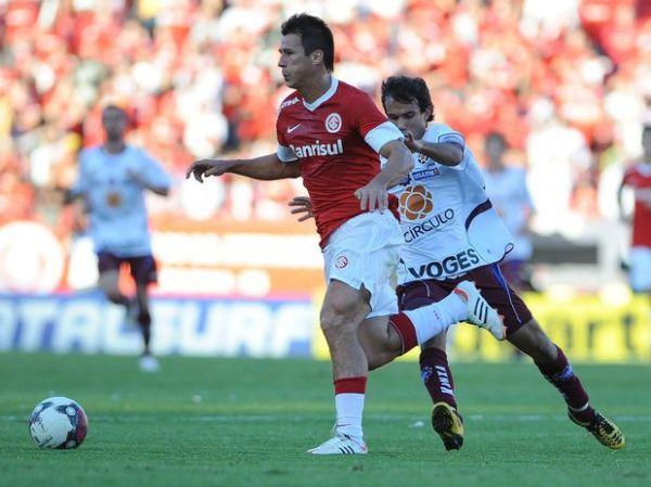 Gaúcho: Inter reage no segundo tempo, vence Caxias e conquista bicampeonato