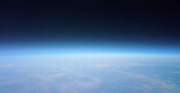 Nokia envia smartphone PureView para tirar fotos do espaço