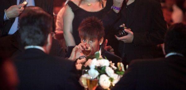 Festa do Paulistão tem briga de Neymar pai, gafes de bêbados, mulheres e incêndio