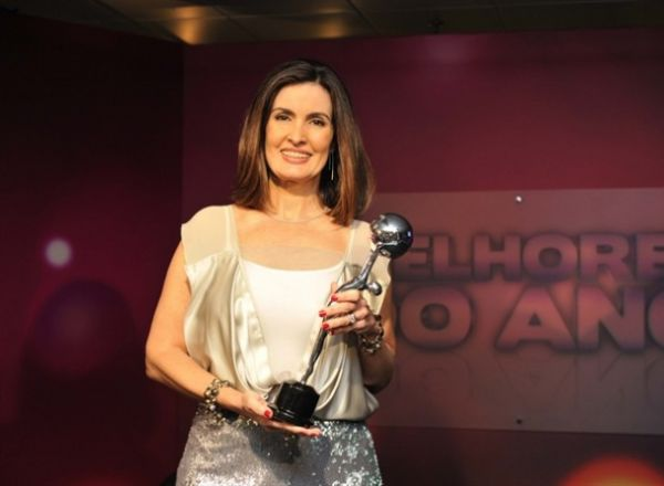 Globo perde otimismo com novo programa de Fátima, diz Record