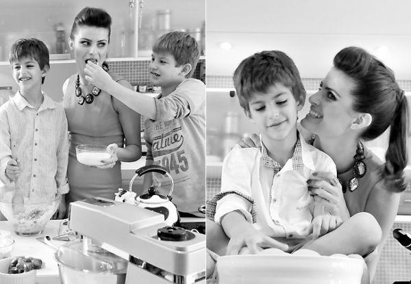 Isabeli Fontana se diverte com os filhos na cozinha para campanha