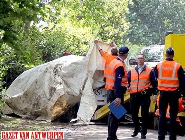 Pilotos morrem em rali na Bélgica; na França, espectadores são atropelados