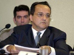 Cachoeira é esperado na CPI e no Conselho de Ética nesta semana
