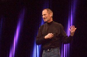 Jobs acompanhou de perto a criação do iPhone 5, diz Bloomberg