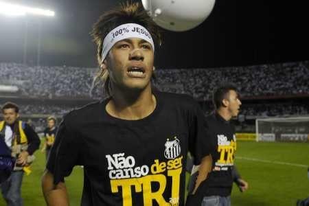 Santos admite vontade de vender Neymar; 5 clubes querem craque
