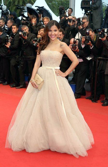 Tá podendo! Ex-BBB Gyselle Soares conhece astros em premiação em Cannes e ouve elogios