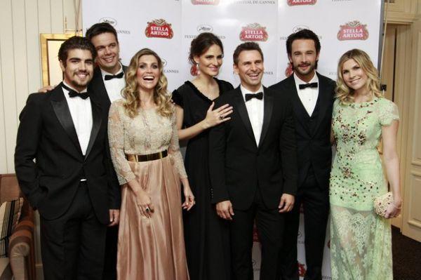 Famosos prestigiam pré-estreia de filme de Rodrigo Santoro em Cannes