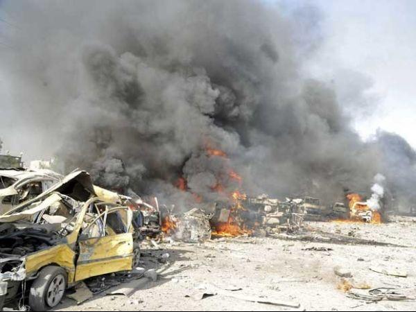 Ataque na Síria faz mais de 90 vítimas, 32 delas são crianças