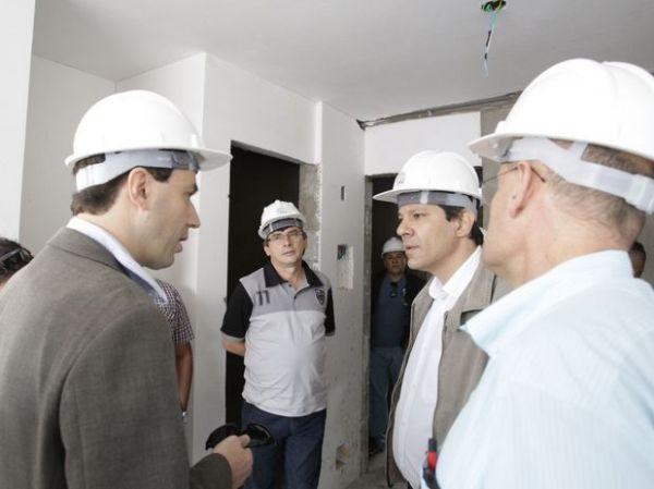 Haddad: gestão Serra/Kassab é a que menos construiu moradias