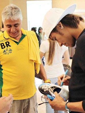 Quase 2 anos depois, Neymar volta aos EUA como protagonista do Brasil