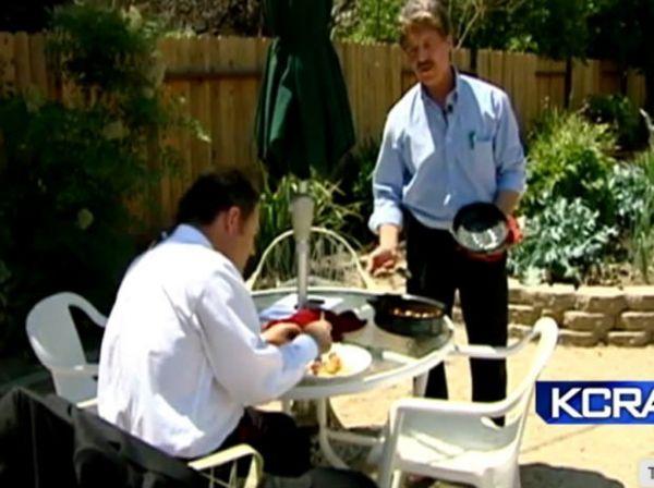 Americano usa o calor do sol para cozinhar, em vez de fogão