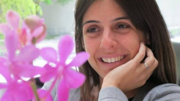 Bruno Mazzeo vive romance com diretora de
