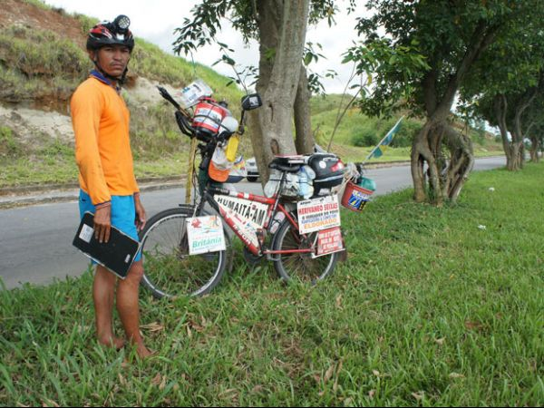Em 230 dias, ciclista pedala 20,7 mil km e passa por todos os estados
