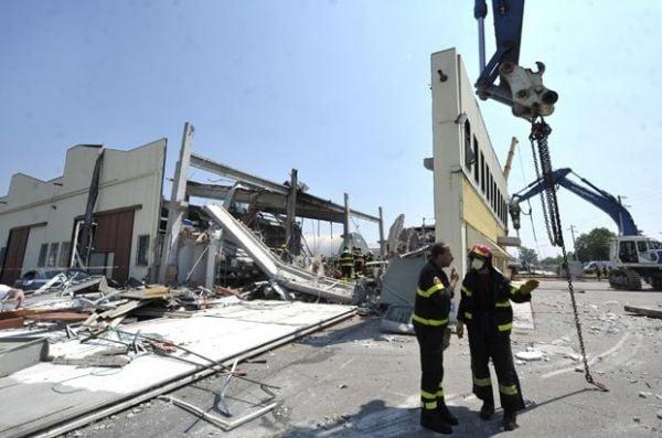 Número de mortos após terremotos no norte da Itália sobe a 17