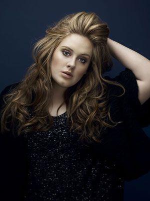 Adele bate Michael Jackson na lista britânica de discos mais vendidos