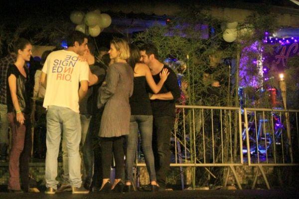 Murilo Benício e Nathalia Dill, entre outros, curtem festa de ?Avenida Brasil