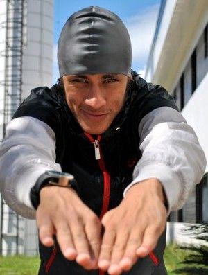 Neymar esfria polêmica com Cielo e agente pede desculpa: